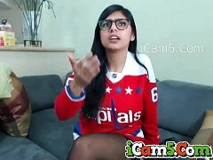 18 min Mia Khalifa on Webcam with her funs porn