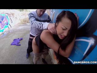 Sharon Lee porn rides her ass on his hard SPANiSH cock – Ass fuck Public